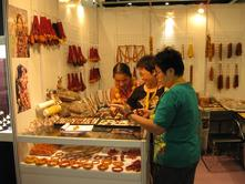 Exhibiting at the Hong Kong International Jewelry Fair, June 09