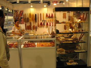 Exhibiting at the Hong Kong International Jewelry Fair, March 09